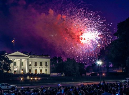 001607054thofjuly-fireworks