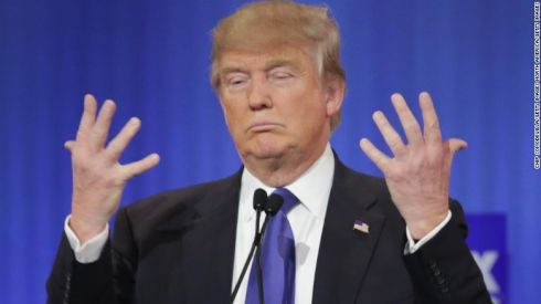 00160806-gop-debate-trump-hands.
