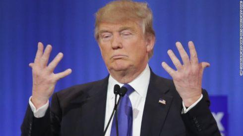 00160806-gop-debate-trump-hands.