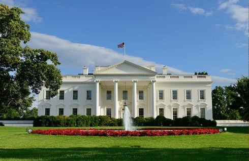 b_490_390_16777215_00_images_Obama_casa_bianca.jpg